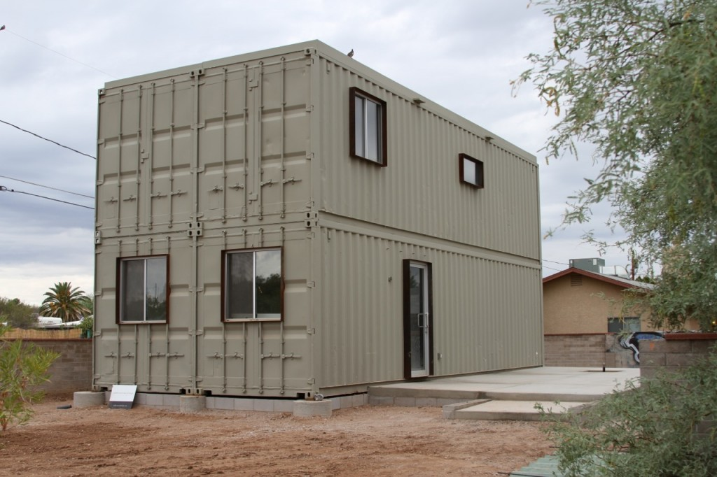 06 uibn1ue 1024x682jpg - Homes Built With Shipping Containers