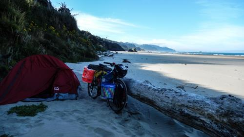 10540368_10152147855542371_6751631983757583772_n-jpg.42085_113 days in the saddle_Bike Touring_Squat the Planet_6:21 AM