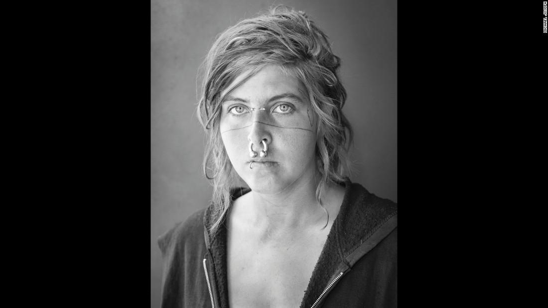150622143128-06-cnnphotos-hitchhiker-portraits-restricted-super-169.jpg