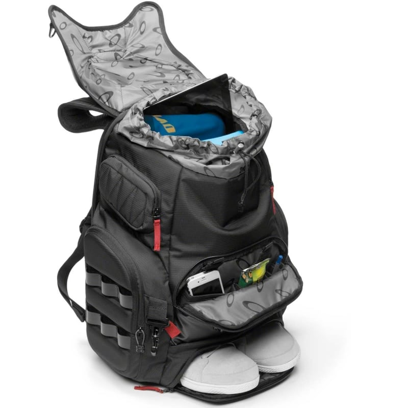 Oakley Kitchen Sink 2015012316074565974_lrg-jpg.35334_Ultimate Trackpack - Oakley Kitchen  Sink_Backpacks u0026 Pouches_Squat the Planet_9:20