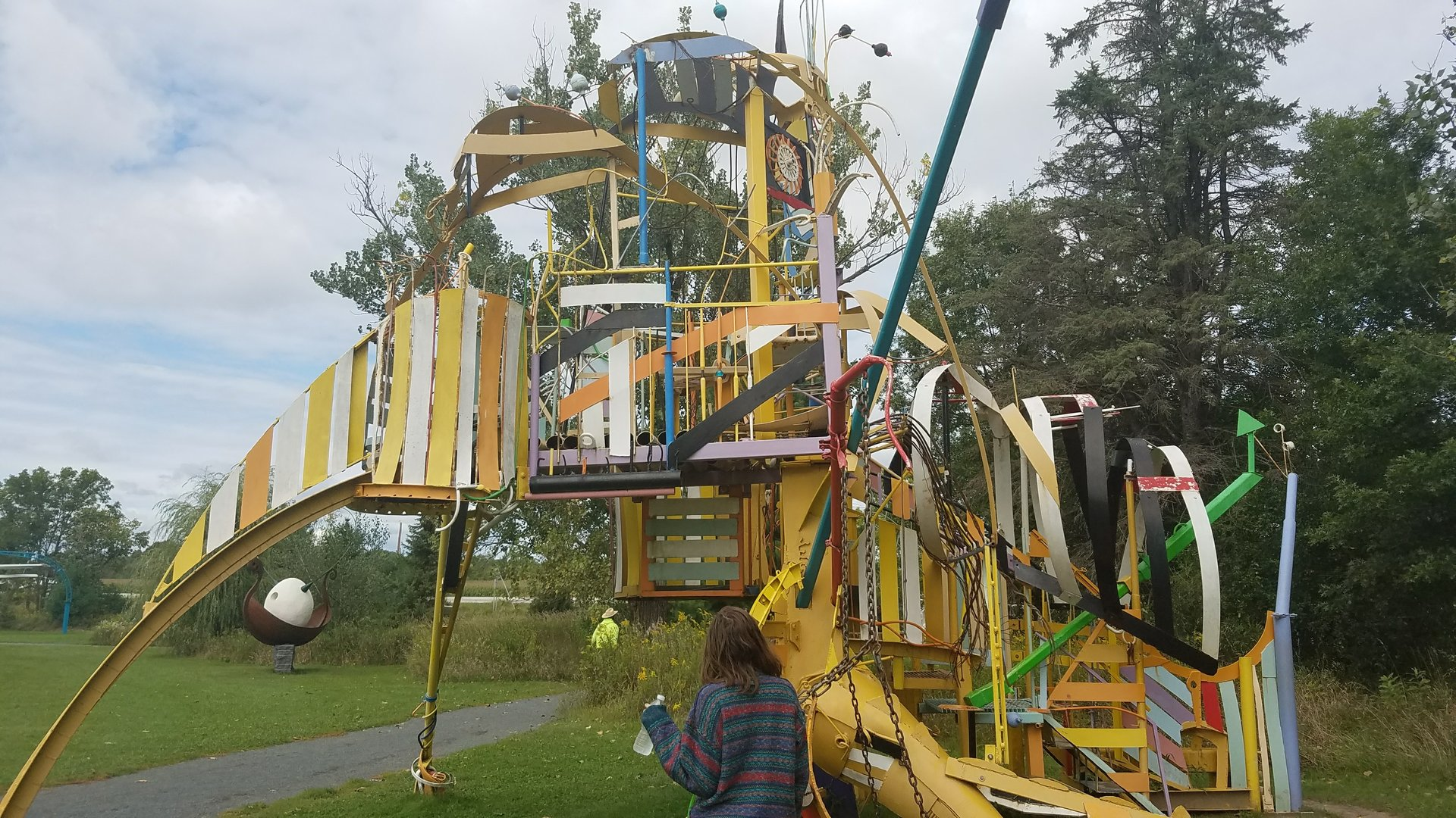 20170906_125426-jpg.39868_Insane psychedelic playground in the middle of nowhere_Travel Stories_Squat the Planet_11:22 PM