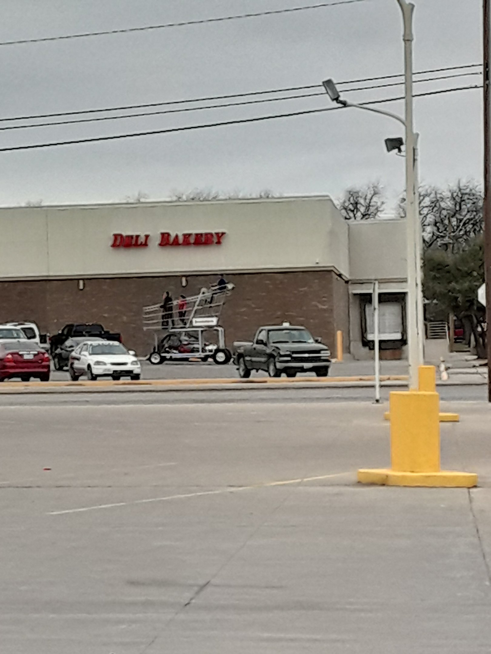 20190307_124029-jpg.49414_Everythings bigger in Texas_People & Cultures_Squat the Planet_10:49 AM
