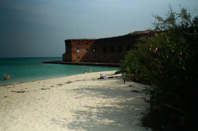 401__640x480_swiming-at-the-fort-jefferson-beach_05-10-2013-jpg.11966_Sailing the Dry Tortugas and Decapitation_Boat Punk / Sailing_Squat the Planet_5:19 PM