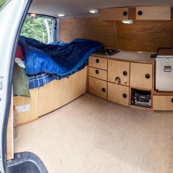 alex-honnold-van-panorama_ph-jpg.20701_Alex Honnold's Ultimate Adventure Vehicle_Van Dwelling / Rubber Tramping_Squat the Planet_9:30 AM