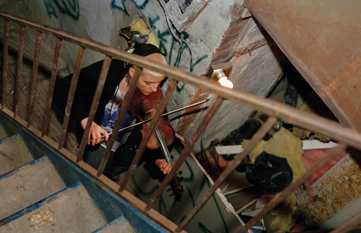 ash_thayer_012-jpg.31324_New York City Squatters In The 1990s: Before The Fall_Squatting_Squat the Planet_5:01 PM
