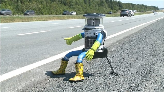 b276e78805e8a73c6acaf606900864fe-jpg.34190_HitchBOT destroyed in Philadelphia, ending U.S. tour_Hitchhiking_Squat the Planet_5:48 PM