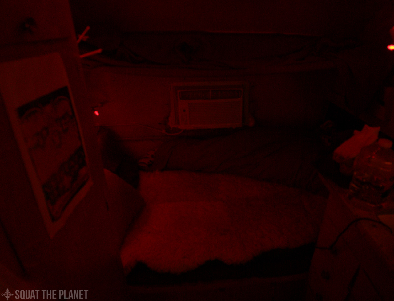 Bear Rug Bed_01-05-2012_001.jpg
