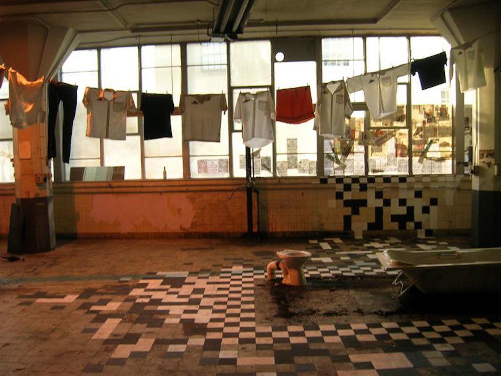 bristol-squats-magpie-telegraphic-heights-riots-demolition-diner-body-image-1476436366.jpg