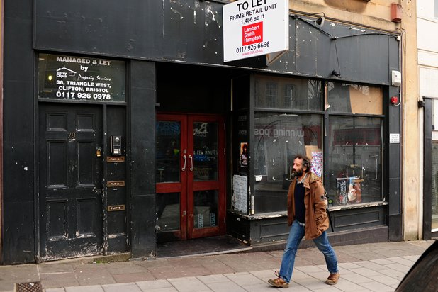 brjk20160314a-002_c_2-jpg.29587_Squatters have occupied a former Starbucks coffee shop on Park Street in Bristol_Squatting_Squat the Planet_1:16 AM