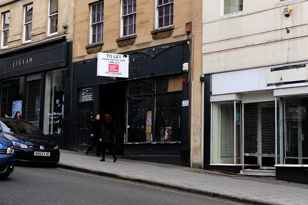 brjk20160314a-009_c-jpg.29588_Squatters have occupied a former Starbucks coffee shop on Park Street in Bristol_Squatting_Squat the Planet_1:16 AM