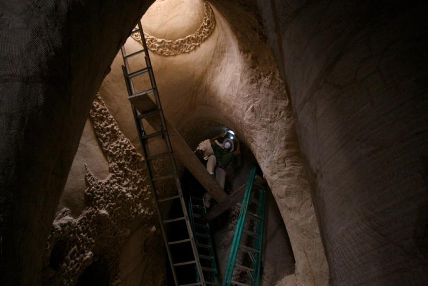 carved-cave-6.jpg