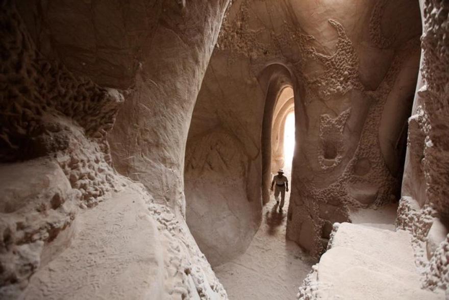 carved-cave-8.jpg