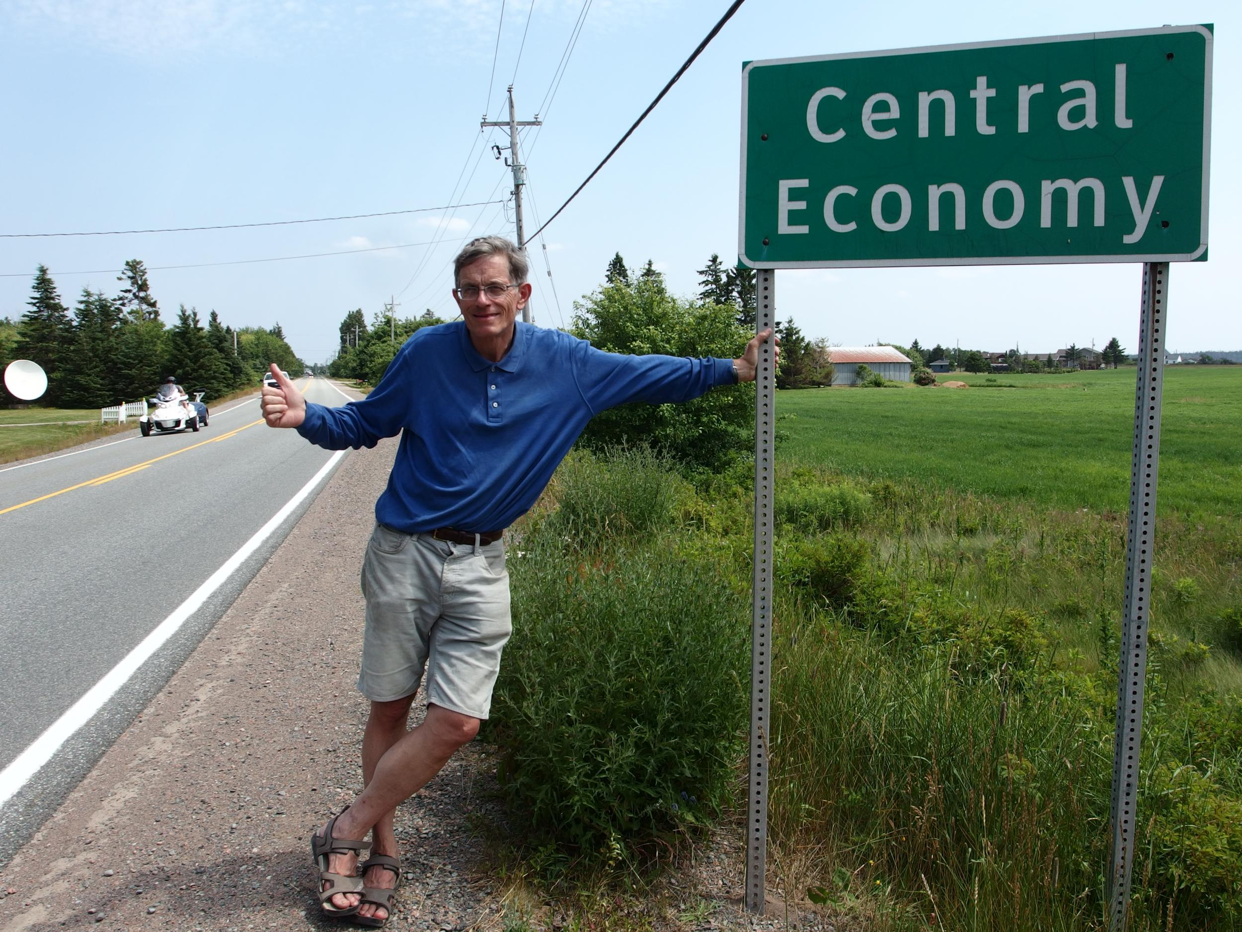 centraleconomyhitching-jpg.47503_How Hitchhiking Changed in 40 Years_Hitchhiking_Squat the Planet_9:53 PM
