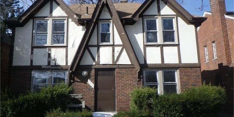 help-save-a-city-by-buying-a-historic-home-for-only-1-dollars-000-jpg.21567_Detroit auctions historic homes for $1,000_Alternative Housing_Squat the Planet_7:21 AM