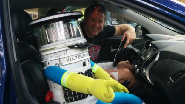 News Amp Blogs Video The Hitchhiking Robot Uprising