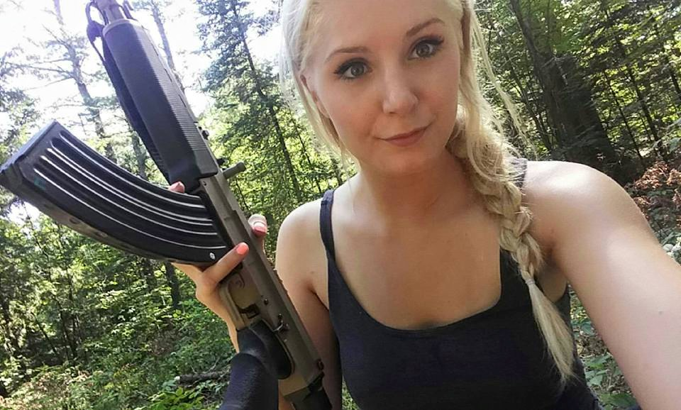 lauren_southern_with_rifle-jpg.36601