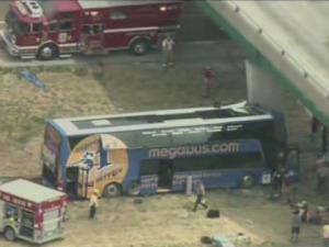 megabus-crash-0802.jpg