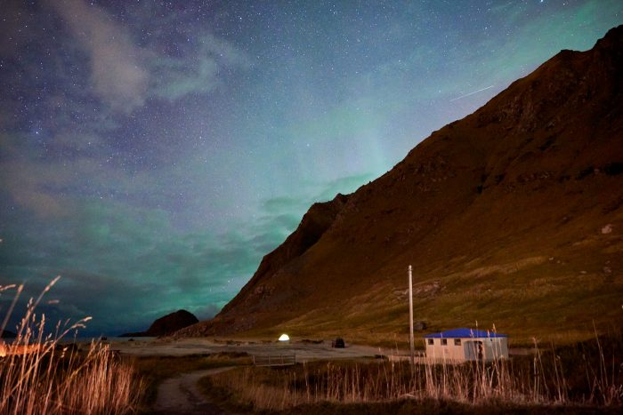 northern-lights-aurora-lofoten-by-campervan-haukland-beach-1-700x467-jpg.47595_Lofoten by Campervan: Watching the Northern Lights on Haukland Beach_Van Dwelling / Rubber Tramping_Squat the Planet_3:02 PM