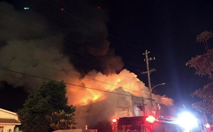oakland-fire-large_trans-pyqawmoo14islbandnx16kkeqg4vs3dgpo1gc9w4pua-jpg.34393_Oakland, CA: Nine confirmed, 40 feared dead after massive fire during rave_Squatting_Squat the Planet_12:14 PM