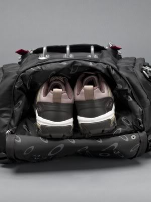 oakley_kitchen_sink6-jpg.35324_Ultimate Trackpack - Oakley Kitchen Sink_Backpacks & Pouches_Squat the Planet_9:20 AM