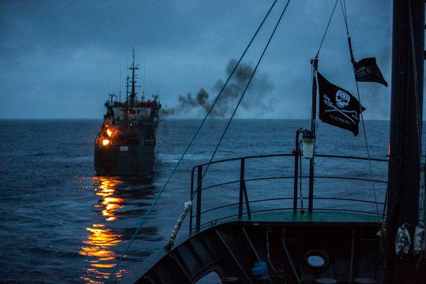 OCEANS-CHASE-06-articleLarge.jpg