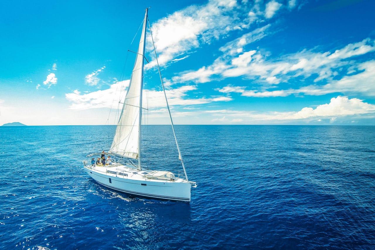 sailing-yacht-photo.jpg