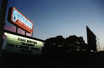 south_dakota-jpg.31663_drive in movie theaters - anywhere_United States_Squat the Planet_3:25 AM