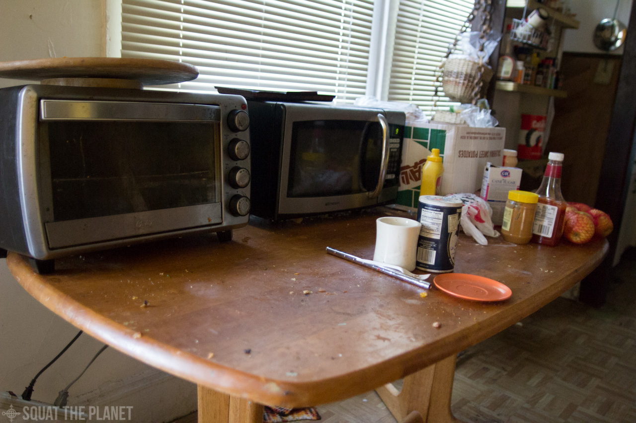 toaster and microwave_10-08-2013_041.jpg