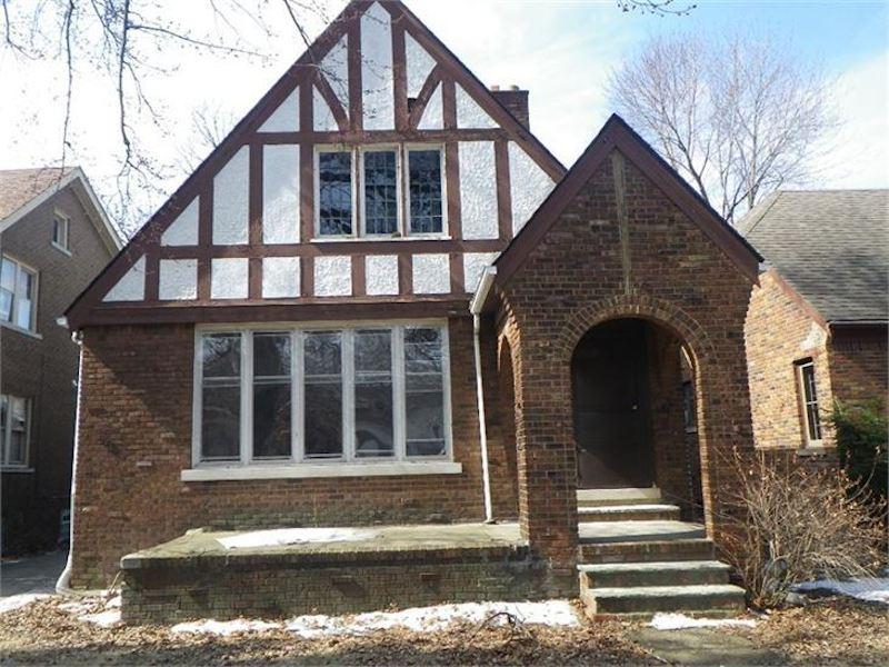 xzw1vljunnll1whhuun4-jpg.46881_Detroit auctions historic homes for $1,000_Alternative Housing_Squat the Planet_7:21 AM